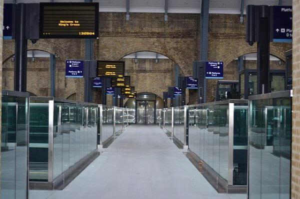レールカードで電車賃が高くなる⁈イギリスのレールカードの注意事項:plain