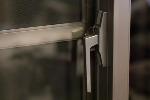クレセント錠(窓の鍵)