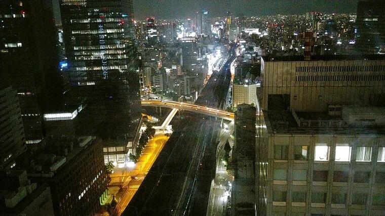 ホテルメトロポリタン丸の内2841号室からの夜景