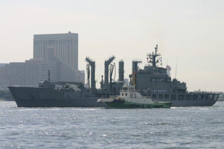 補給艦「チョンジー」(韓国海軍)