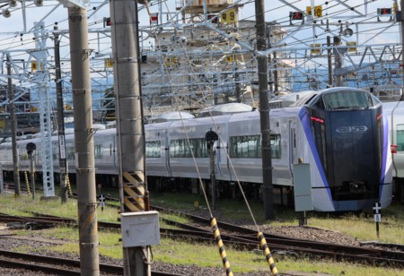 JR東日本 E353系