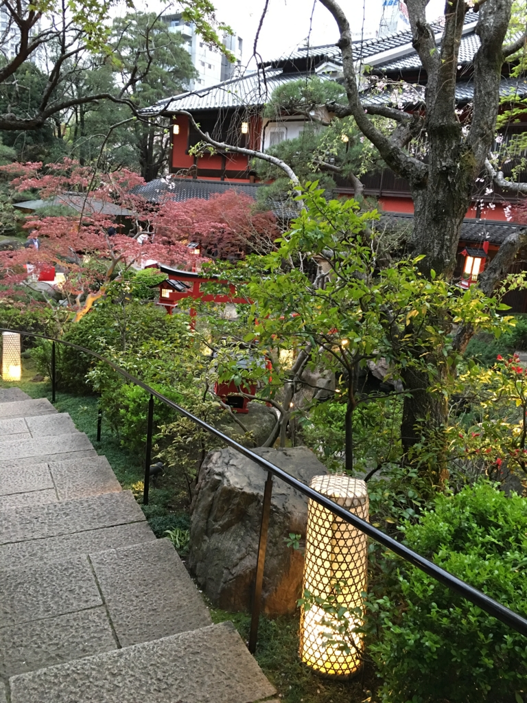 とうふ会席料理 東京 芝 とうふ屋うかい庭園階段