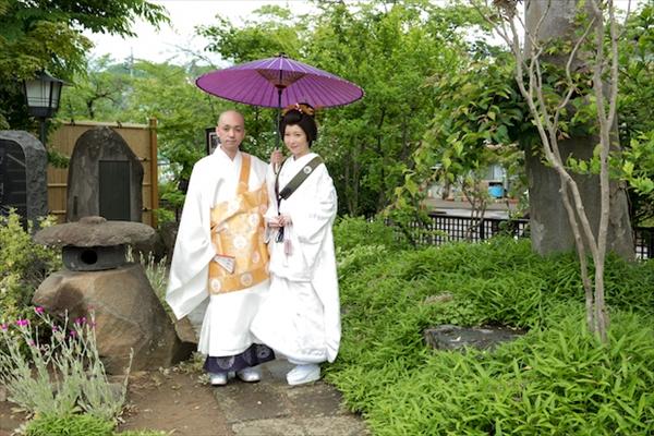 真宗寺にて仏前式