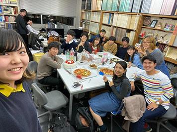 f:id:nakagawa-nicchoku:20191225175444j:plain