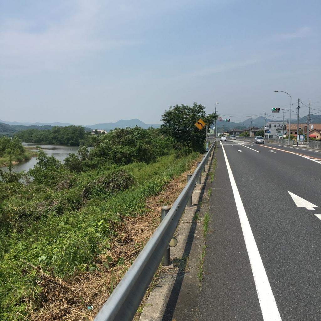 f:id:nakajima0190:20170601065204j:plain