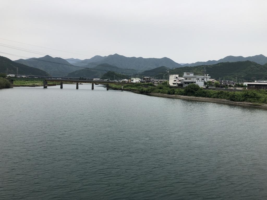 f:id:nakajima0190:20180528161018j:plain