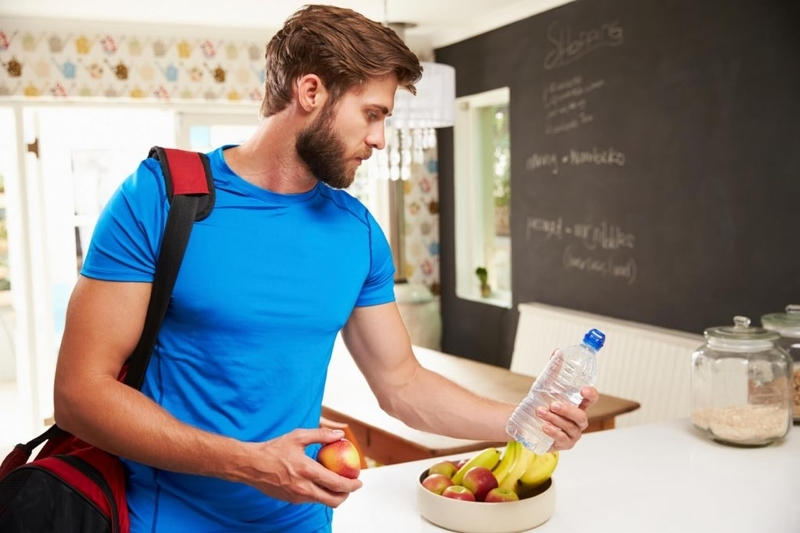 アスリートの増量に関連する栄養補給
