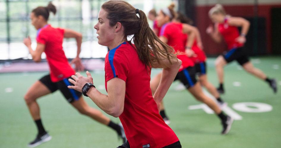 サッカー選手の間欠的運動能力の発達とその評価