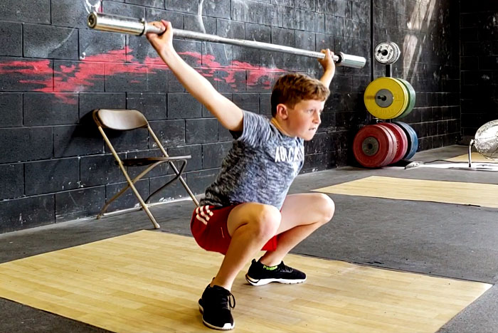青少年全般(5~18歳)に推奨されるべきトレーニングの種類と強度の議論(あらゆる種類のMSF(筋骨格系能力)トレーニングが青少年に有益であるという、統一された明確なメッセージが発せられないのは、様々な問題が文献で十分に考察されていないことに関連している)