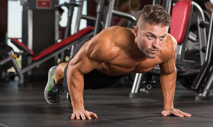 自重トレーニングの漸進(自重トレーニングは、伝統的なウェイトトレーニングと同様に、コンディショニングの効果的な手段であり、適切に操作すれば、体力とスタミナの両面で有益な効果が得られる)