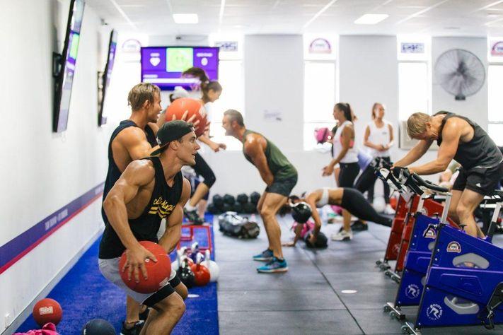 レジスタンスサーキットトレーニングと乳酸(高強度レジスタンストレーニングと短い休息時間を組み合わせたRCTにより、ミトコンドリア密度を上昇させることで、乳酸除去能力の改善が期待される)