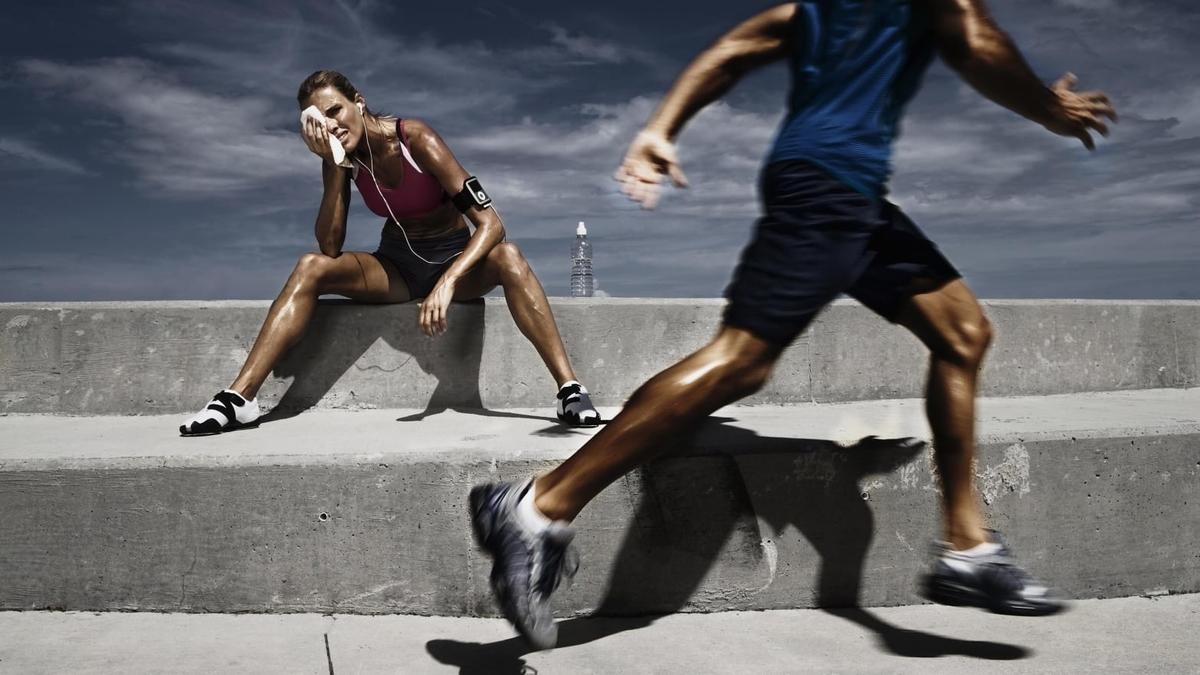 高強度運動時のアシドーシスの原因(筋内乳酸の蓄積は、ミトコンドリアが適切な割合でATPを供給できなくなるタイミング)