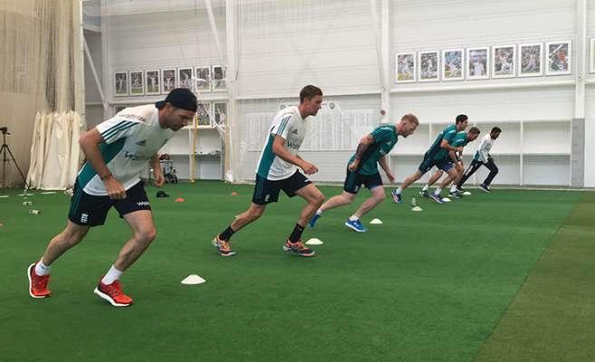 プロサッカー選手におけるYo-Yo IRテスト(国際レベルの選手のほうが国内レベルの選手よりも試合中の高強度ランニングが多いことが明らかされている)