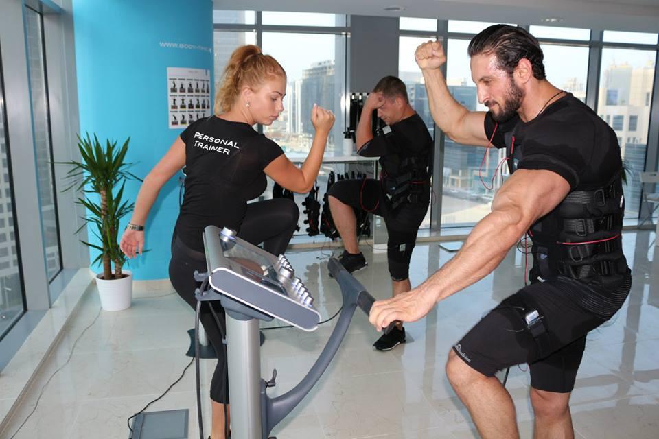EMSトレーニングが競技パフォーマンスに及ぼす効果(最大筋力、無酸素性発揮パワー:垂直跳びとスプリント能力の有意な向上が認められた)