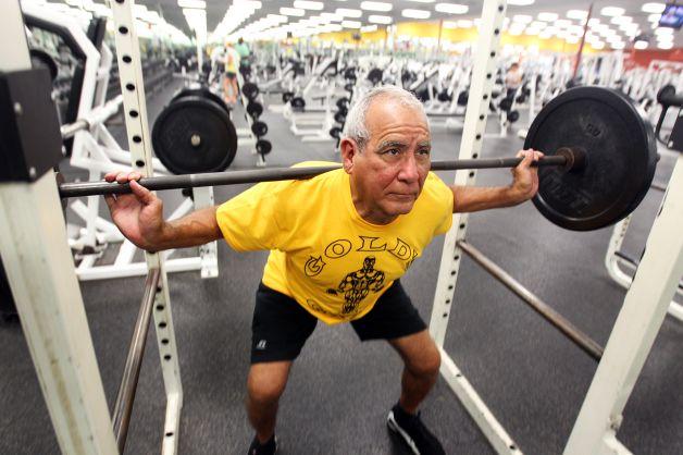 筋肥大は100歳になっても起こるのか?(1RM筋力は増大するが、筋肥大は遺伝的素因やこれまでの運動経験と現在の活動レベル、栄養摂取状態や身体コンディションに大きく影響される)