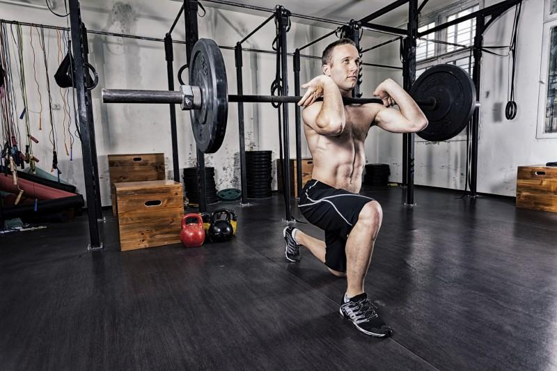 コンプレックストレーニングと活動後増強(PAP:Postactivatiation potentiation)(PAPは筋の最大または最大に近い収縮の後に爆発的筋力が増大する現象を指す)