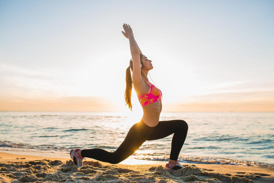 栄養摂取の方法と免疫機能(炎症および免疫反応に対するエクササイズの影響には、「ホルミシス効果」があると考えられており、中強度のエクササイズは有益であるのに対して、長期間の高強度エクササイズは有害となる可能性がある)