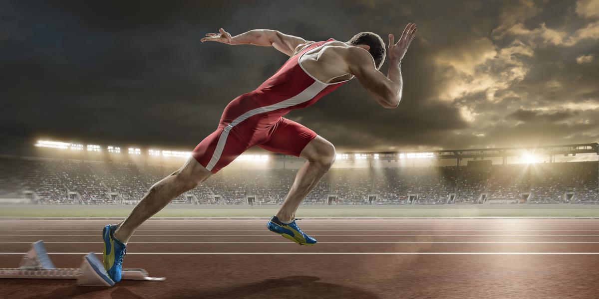 スピード向上におけるストライド長とストライド頻度(速いスプリンターは、短い接地時間で鉛直方向の大きな床反力を生み出している)