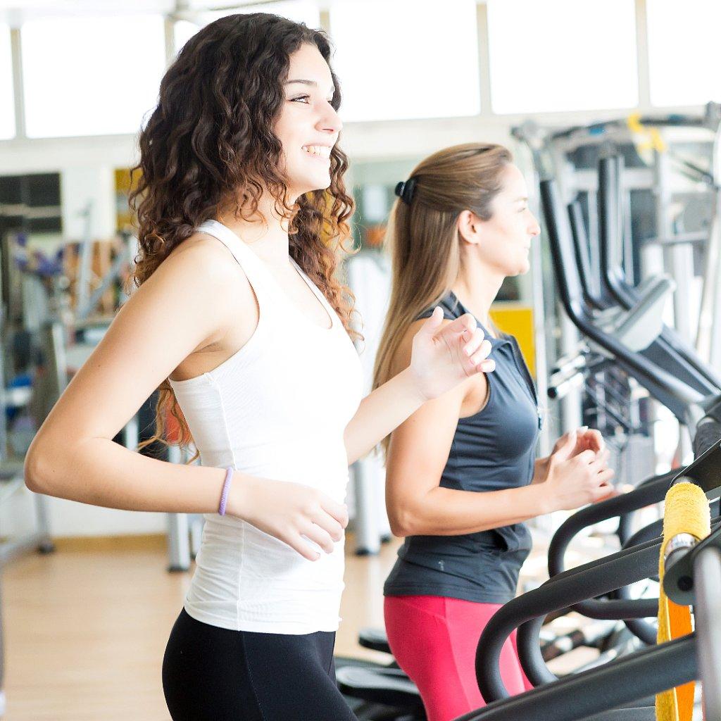インスリン抵抗性を有する人向けのエクササイズプログラム(有酸素性運動の中強度(40~60%VO2max)のエクササイズはβ細胞の機能を維持する効果が高い)