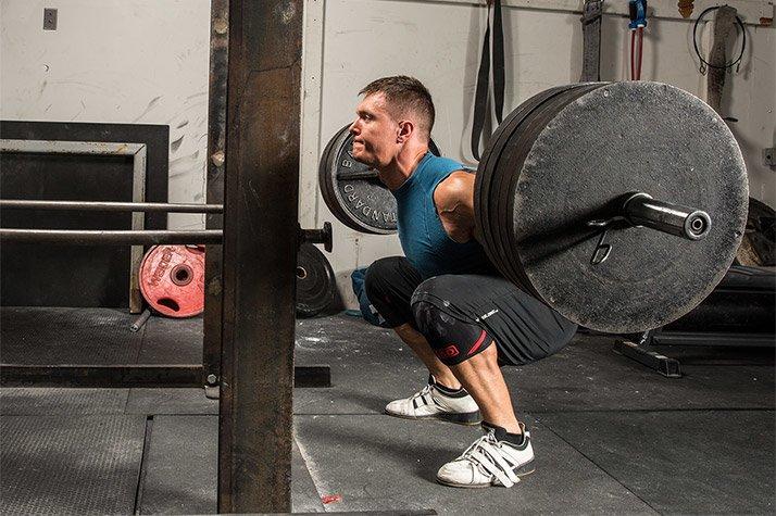 トレーニング変数と筋肥大(6~12レップを複数セット行うボディビルスタイルエクササイズルーティンは運動後にATP、クレアチンリン酸、グリコーゲンの減少、血中乳酸、筋内乳酸、ブドウ糖6リン酸の著しい上昇がある)