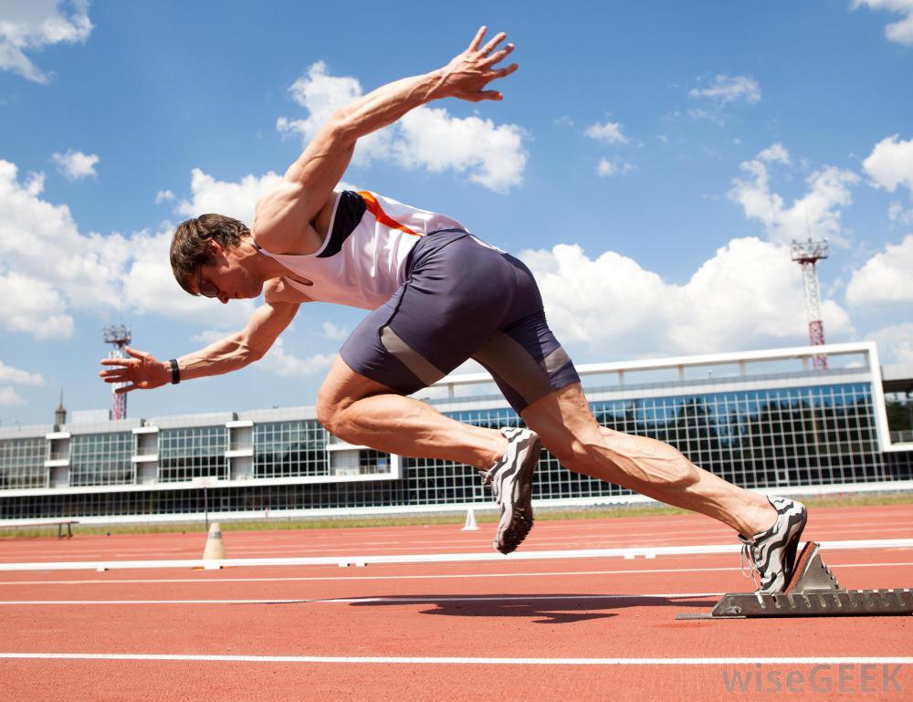 スプリント系競技選手における長時間の有酸素運動の反対意見(高強度スプリントトレーニングは長時間の有酸素性トレーニングに比べ、最大酸素摂取量、1回拍出量、気質利用、ピークパワーの向上が大きい)