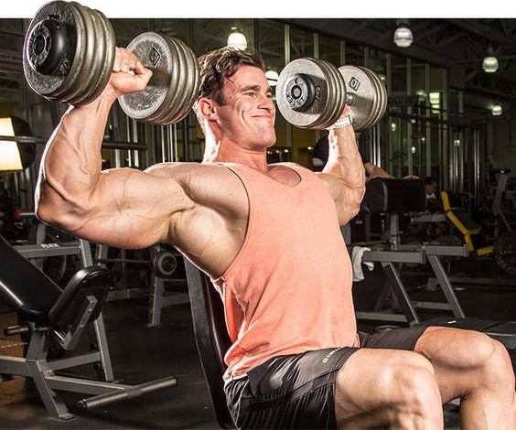 レジスタンストレーニングにおける肩関節の傷害を避けるために必要な手段(可動性の制限とともに、ローテーターカフや肩甲骨周囲の筋組織の脆弱性など、関節や筋の異常な特性に対処するエクササイズを、現行のトレーニングルーティンに取り入れることが重要になってくる)