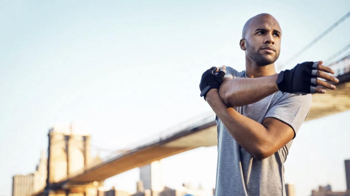 肩関節後部の緊張に対する柔軟性エクササイズの選択(一般的に、ストレッチプログラムを開始すると、短時間に可動性の向上がみられ、肩関節後部の緊張(PST)が改善されると、内旋および水平内転の可動性向上が自覚される)