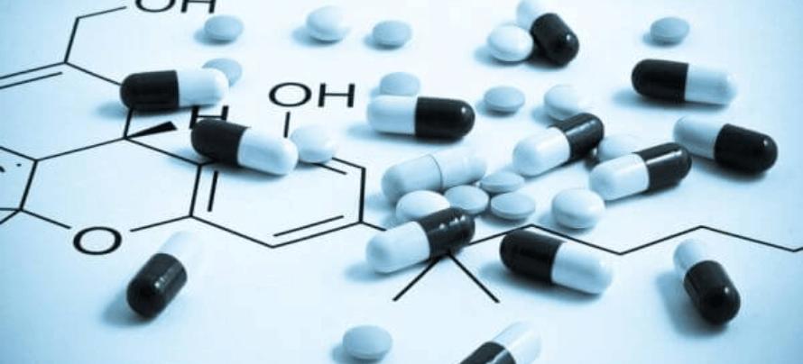 β-アラニンの補給は、筋内カルノシン濃度を高め、筋力やパワーおよび有酸素性能力の向上を促す(1日に3.2gと6.4g摂取により、外側広筋のカルノシン用量がそれぞれ42%と61%増加する)