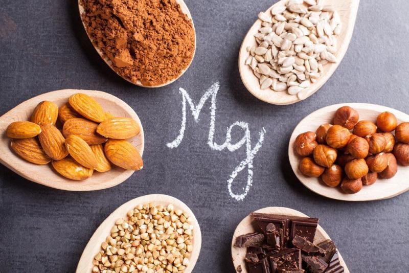 マグネシウムのエネルギー生成の調節(ATP-Mg複合体を形成し、酵素上の活性部位に基質を固定、反応を触媒し、代謝経路の速度を高めることによりエネルギー生成に寄与している)
