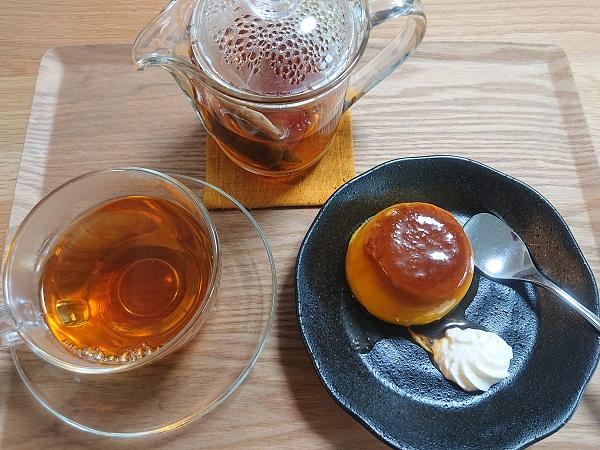 とろ生かぼちゃプリンと紅茶