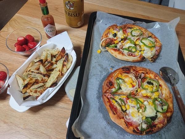 ピザの食卓