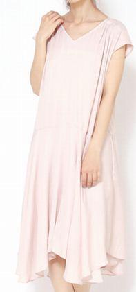高畑充希ちゃんの衣装のピンクのワンピース