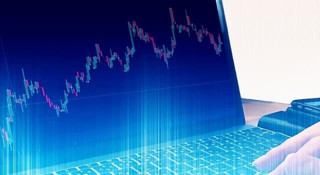 パソコン画面に表示されたFXのチャート(ローソク足)