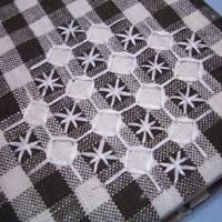 ブックカバー刺繍部分。
