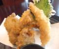 うどん本陣山田家の季節の天ぷら「讃岐でんぶくとかきの天ぷら」