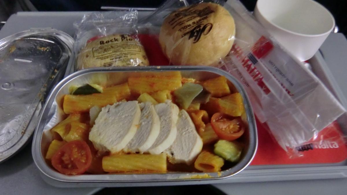 エアマルタ機内食