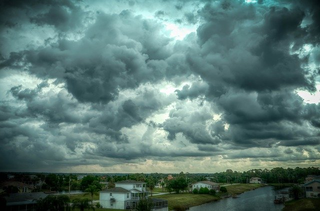 曇り空の画像