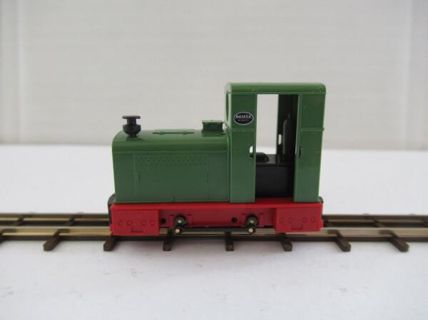 BUSCH 12130 HOf (1/87,6.5mm) ディーゼル機関車 type Deutz OMZ 122 F