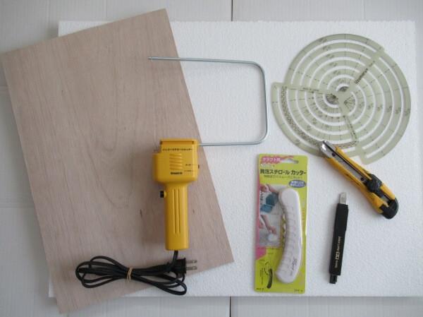 ミニレイアウトのジオラマベースを作る!ベニヤと発泡スチロールの切り方と注意点