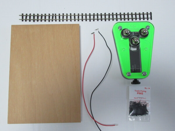 PECOのフレキで卓上ミニレイアウトを作る手順と注意点