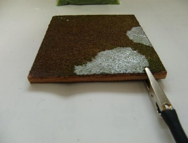 ジオラマの草を立たせる方法!ノッホのグラスマスター2.0(芝生の達人)の使い方
