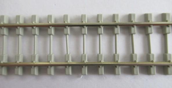 PECO SL-106F OO/HOゲージ(16.5mm) ファイン フレキシブルレール(PC枕木/Bi-bloc)