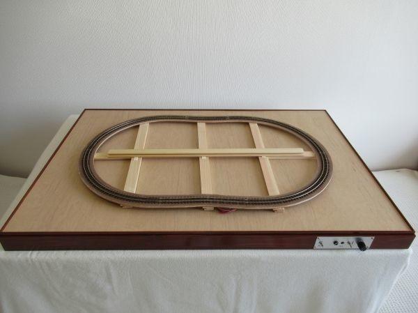 【ジオラマレイアウト】オーダーレイアウトベースの制作記|篠原模型のレールを使ったHOナロー仕様