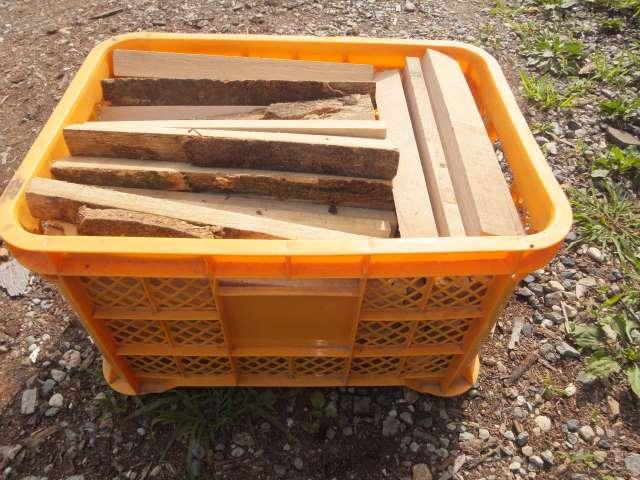栃木県で販売している薪ストーブ用の薪
