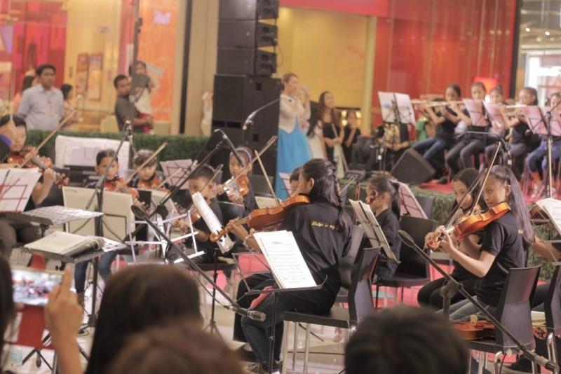 オーケストラ本番の様子