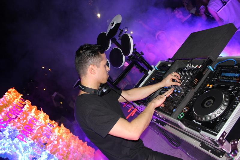 DJ Tom Taus