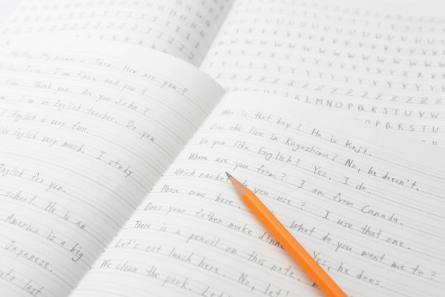 ノート 鉛筆