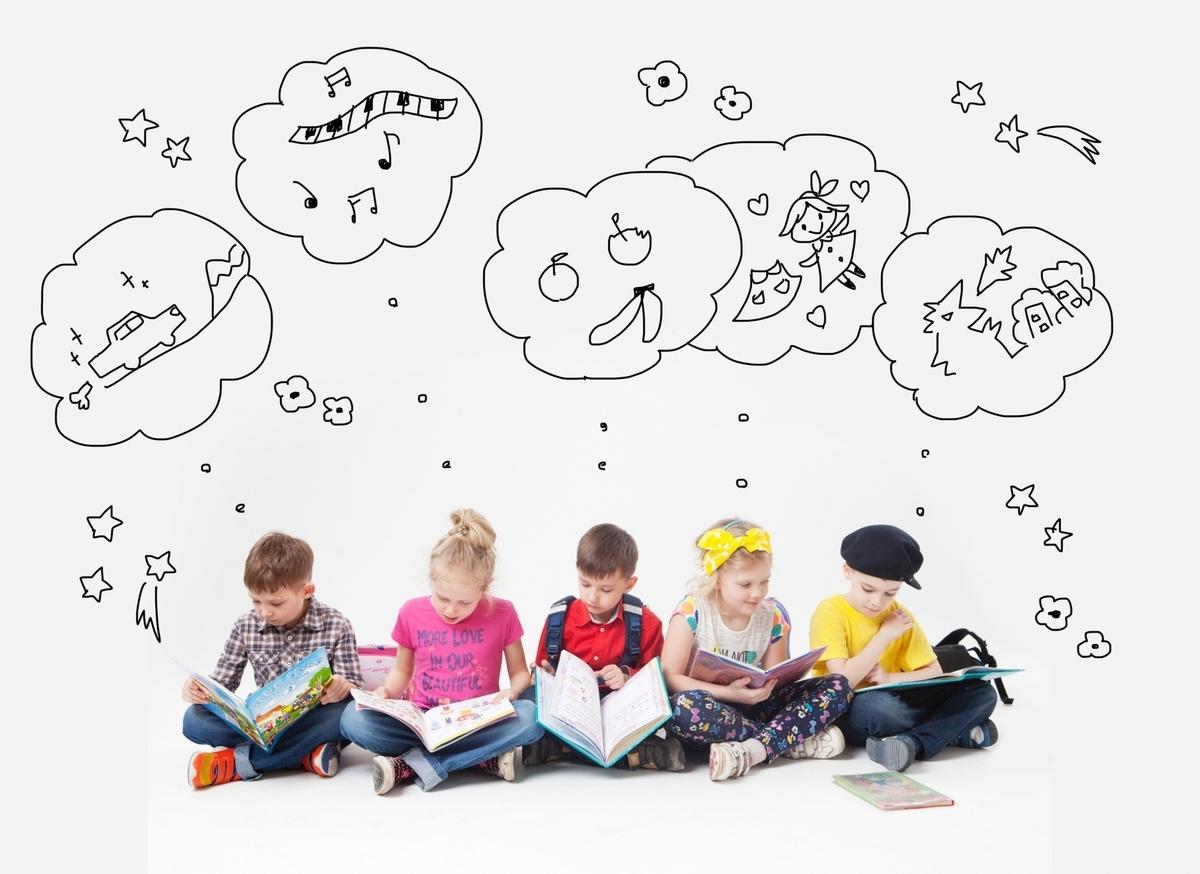外国人、子供、考えている子供たち、読書