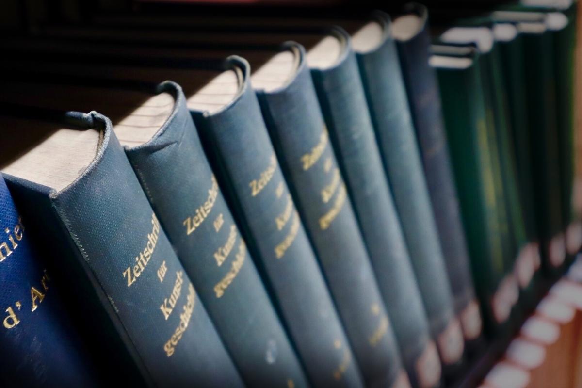 本、図書館、辞書