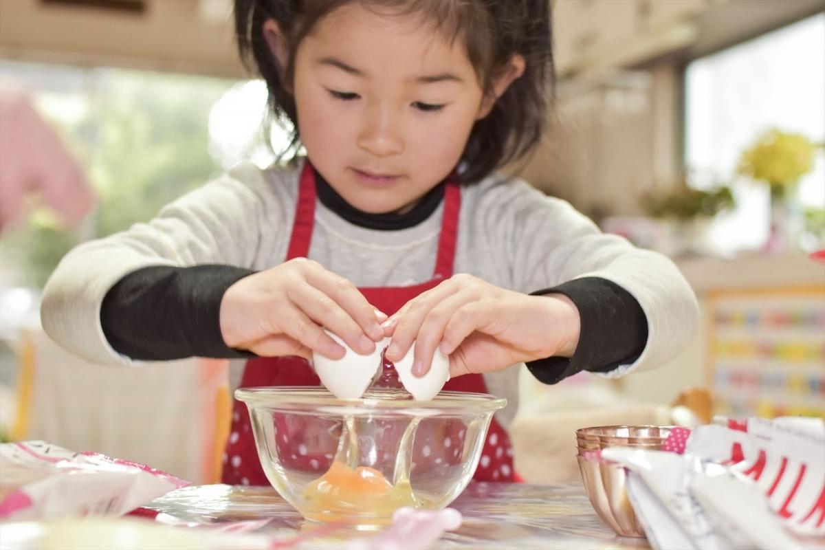 卵、オムライス、子供、料理